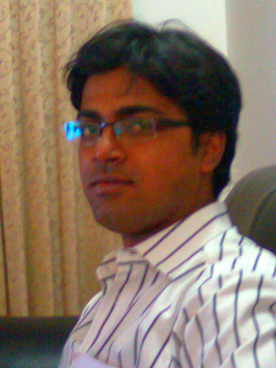 Mr. Samrat Tutor