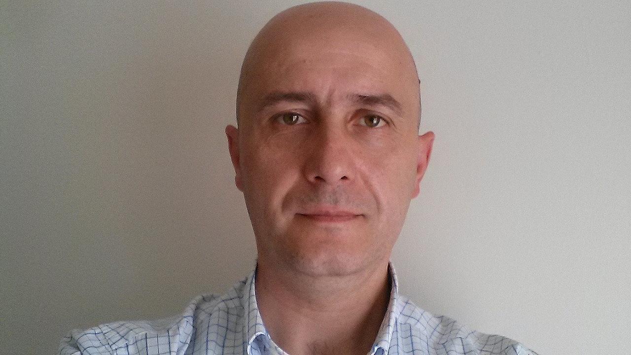 Dr. Marius Tutor