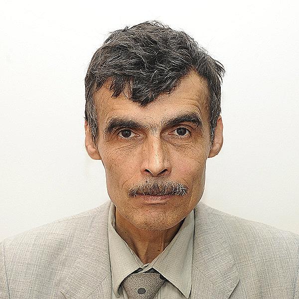 Mr. Danut Tutor
