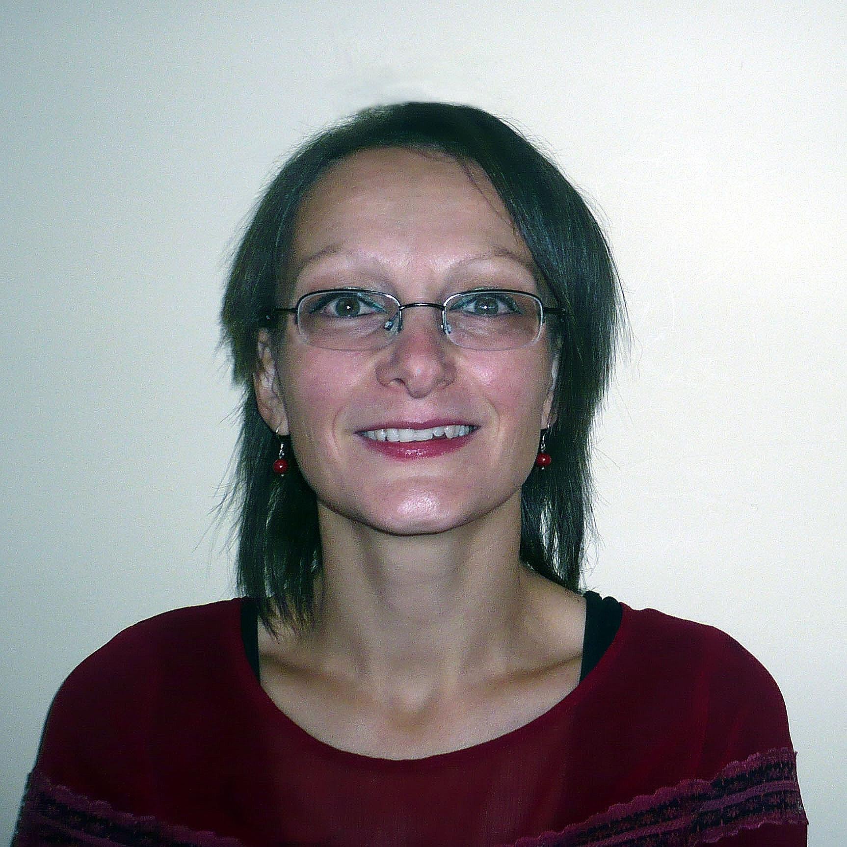 Mrs. Carine Tutor