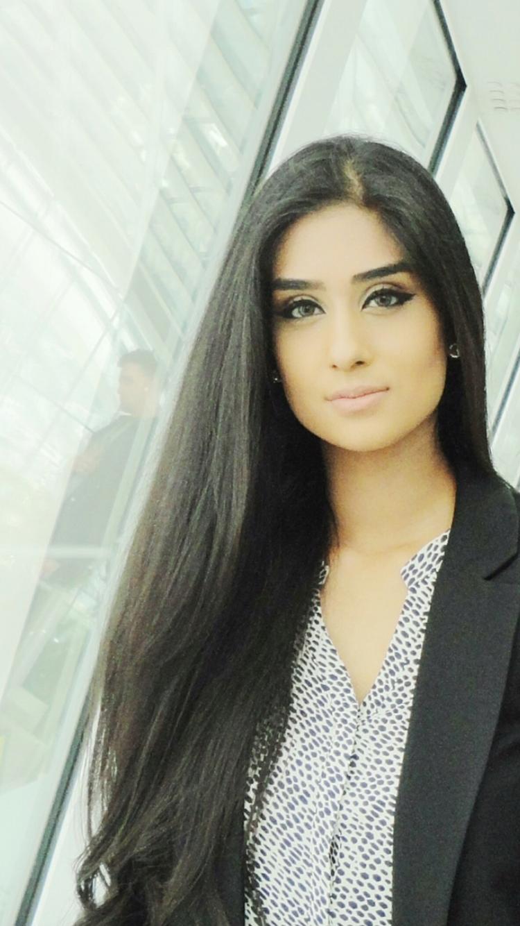 Miss Hijaab Tutor