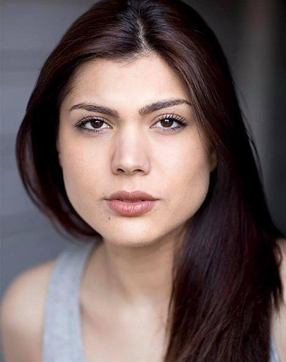 Miss Parisa Tutor