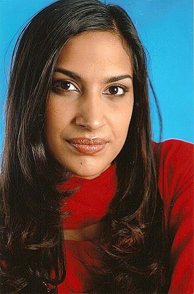 Miss Zahra Tutor